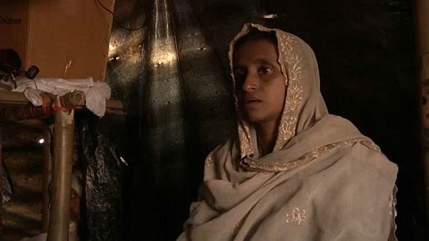 Rohingja túlélők a mészárlásokról