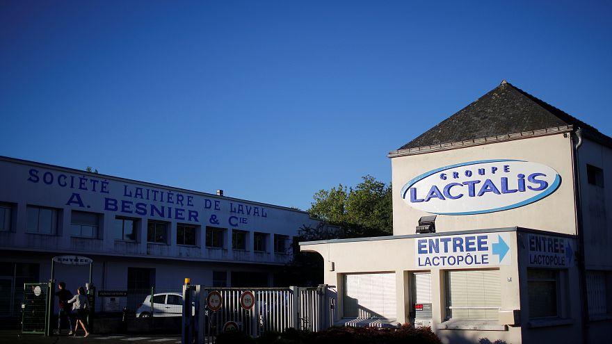 فرنسا تحظر منتجات لاكتاليس لأغذية الأطفال