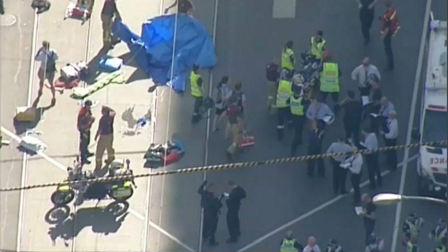 Melbourne, Suv sulla folla, 19 feriti, 2 arresti