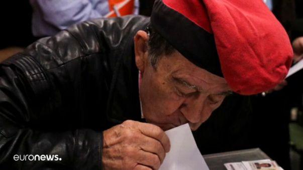 Csók a szavazócédulára