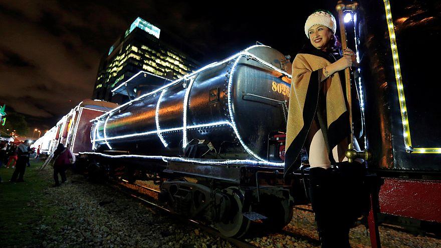 A Bogota, le train de Noël