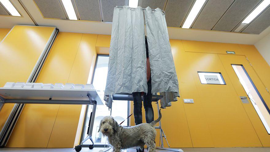 """Wahltag 21-D in Katalonien: Der Sieg der """"Independentistas"""" in Bildern"""