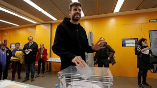 """Выборы в Каталонии: самые """"красноречивые"""" фотографии"""