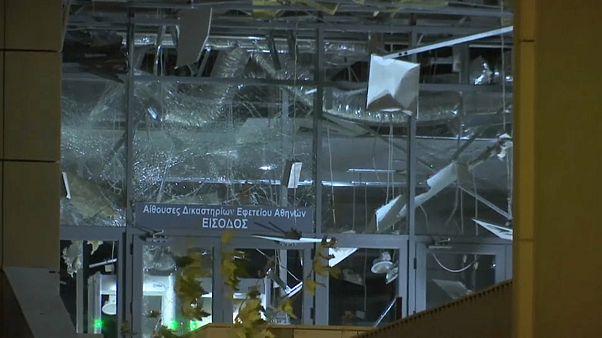 Atina'da gece yarısı bomba paniği