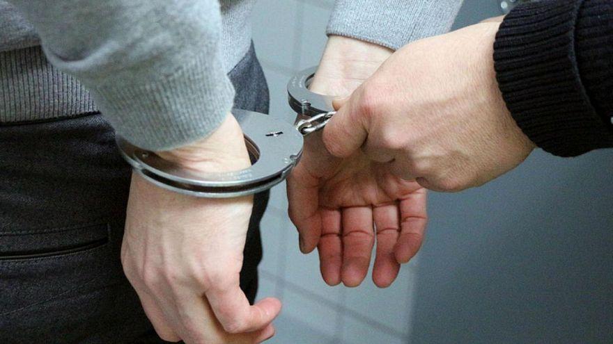 اعتقال 230 شاب وشابة في إيران