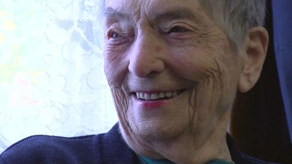 Marie-Lou, la commerçante centenaire