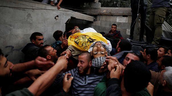 مقتل فلسطينيين برصاصٍ إسرائيلي في غزة مع استمرار الاحتجاج ضد قرار ترامب