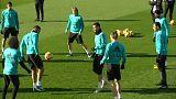El Real Madrid ejerce de anfitrión ante el Barcelona en el 'clásico' por excelencia