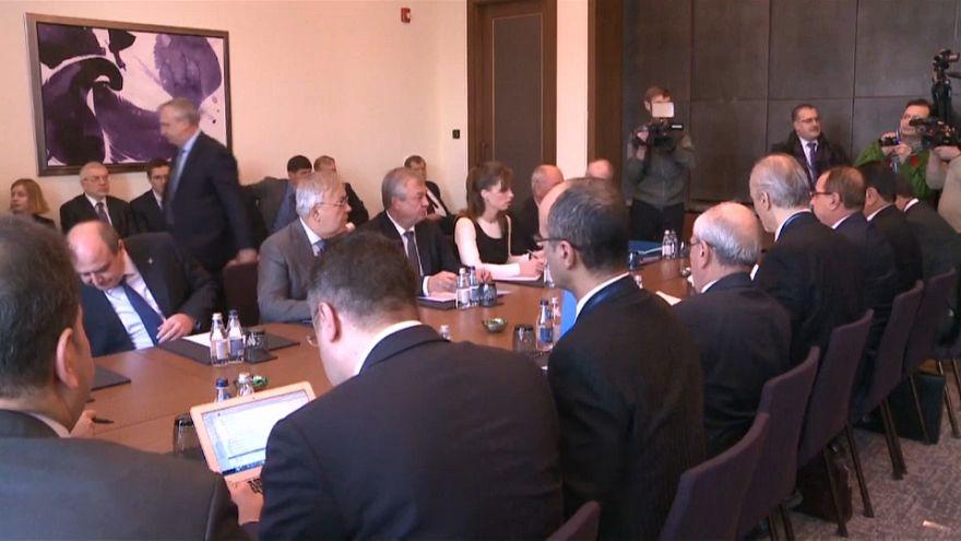 Rusia, Irán y Turquía acuerdan un congreso para enfrentar el conflicto sirio