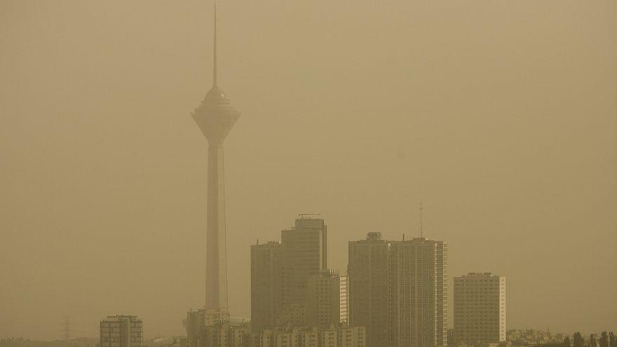 دلیل اصلی آلودگی بیش از حد هوای تهران چیست؟