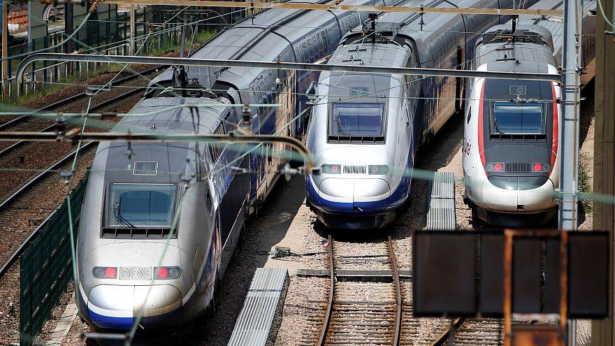 قرض فرنسي للمغرب لشراء قاطرات للسكك الحديدية