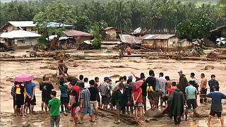 Filippine: oltre 180 morti per una tempesta tropicale