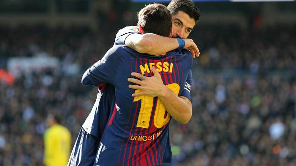 Barcelona thump Real 3-0 in Madrid to extend La Liga lead