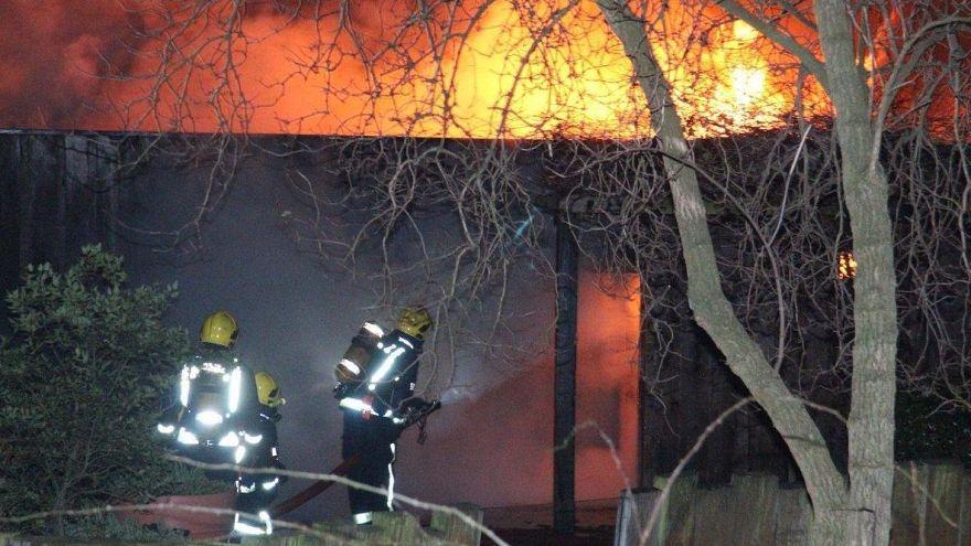 Пожар в Лондонском зоопарке