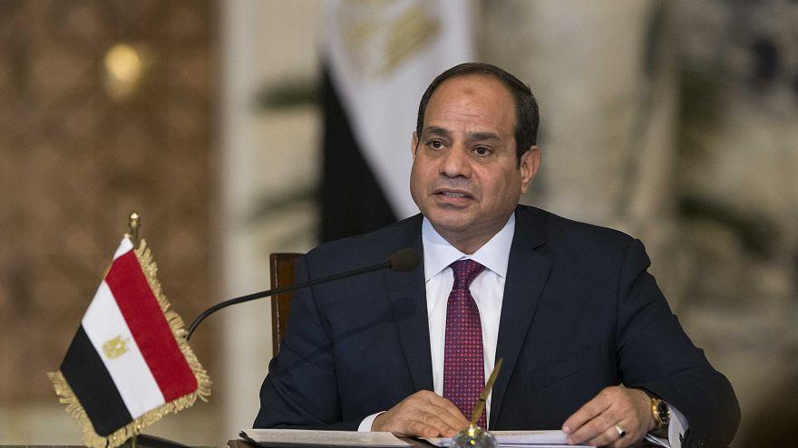 الرئيس المصري عبد الفتاح السيسي يتحدث في مؤتمر صحفي