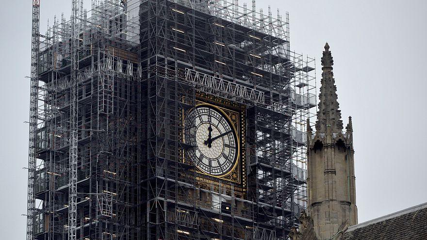 Tarihi Big Ben Noel öncesi sessizliğini bozdu