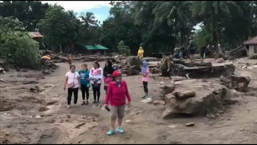 Filippine: tifone causa almeno 200 morti