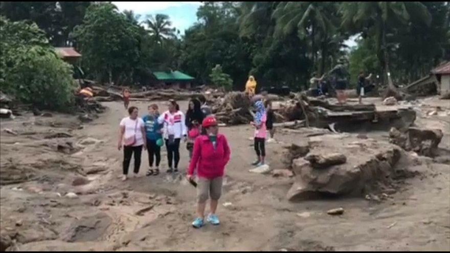 Verwüstung nach Tropensturm auf Mindanao