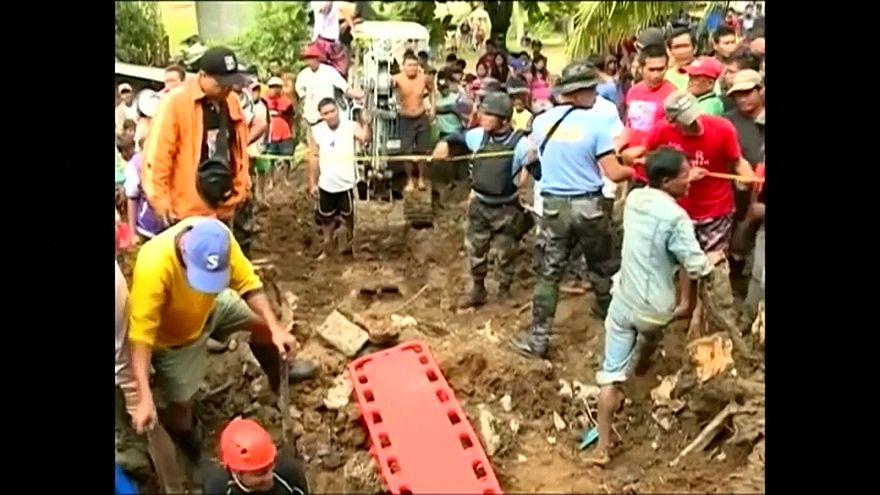 "Tempestade ""Tembin"" provoca 200 mortos nas Filipinas"