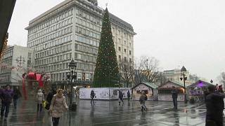 Weihnachtsbaum des Anstoßes in Belgrad