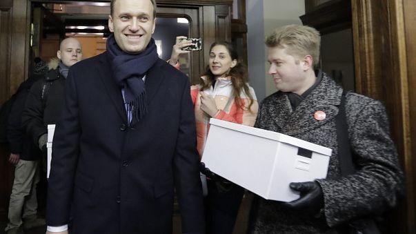 ЦИК принял документы Навального