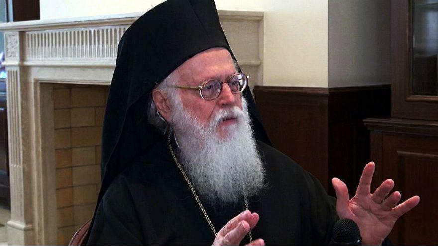Αλβανική ιθαγένεια στον Αρχιεπίσκοπο Αναστάσιο