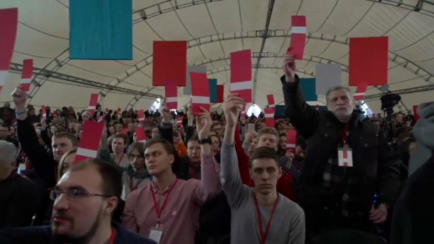 Rus muhalif lider Putin'e karşı yarışmaya kararlı