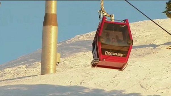 Chamrousse : 150 skieurs évacués des télécabines