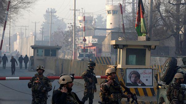 Katonai ellenőrző-áteresztő pont Kabulban