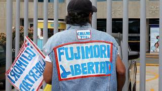 """Perù: disordini dopo la """"grazia umanitaria"""" a Fujimori"""