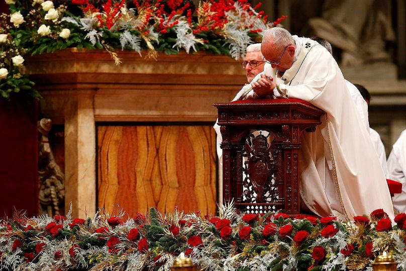 Papst im Petersdom