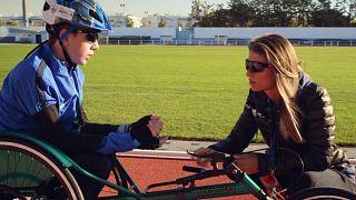 Προσφυγόπουλο με αναπηρία πραγματοποιεί το όνειρό του