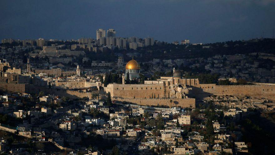 Guatemala'dan büyükelçiliğini Kudüs'e taşıma kararı
