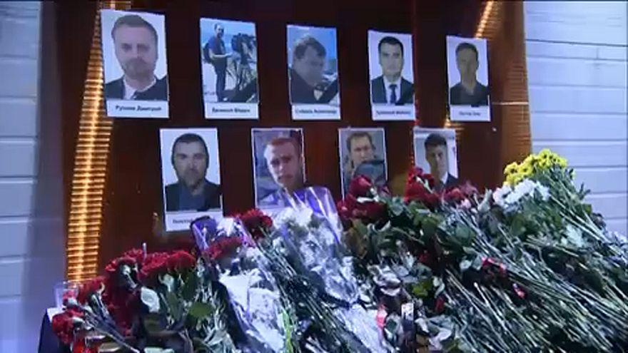 Ρωσία: Τελετή για τα θύματα της αεροπορικής τραγωδίας στη Μαύρη Θάλασσα