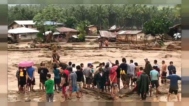 Filippine: il tifone Tembin fa oltre 240 morti e migliaia di sfollati