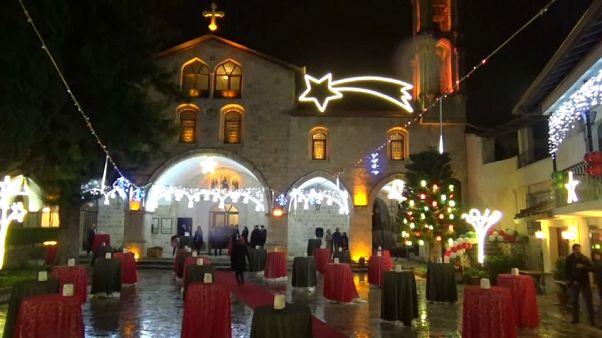 Hataylı Hristiyanlar Noel'de dünya barışı için dua etti