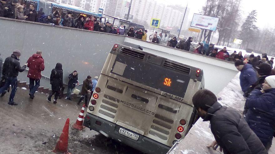 شاهد: عملية دهس دامية بواسطة حافلة في موسكو