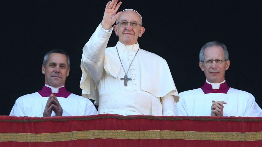 درخواست رهبر کاتولیک های جهان برای از سرگیری گفتگوهای صلح در خاورمیانه