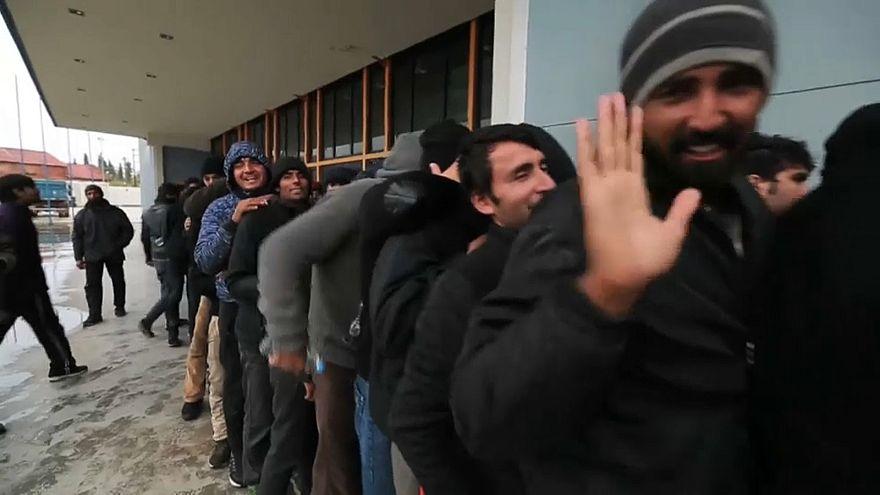 Grecia: odissea per centinaia di migranti