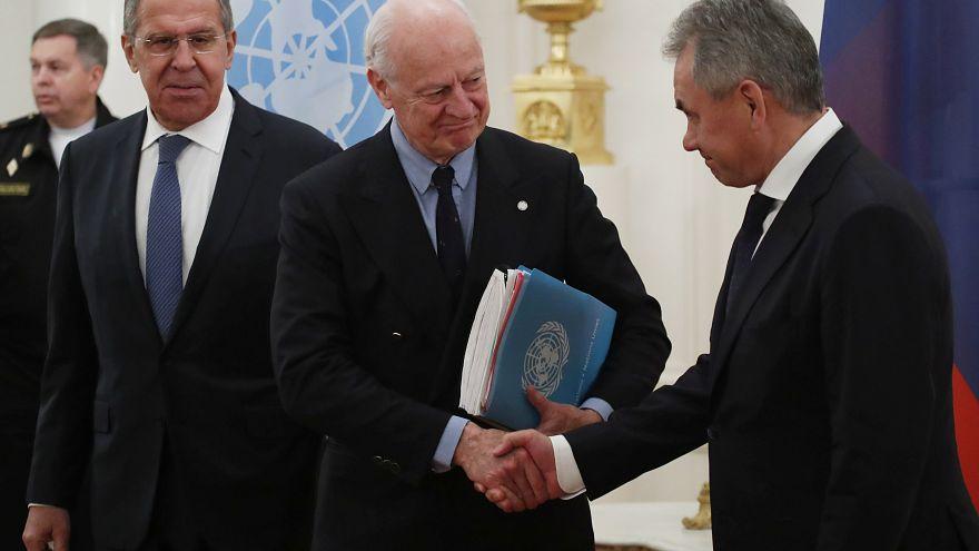 جماعات معارضة سورية ترفض مؤتمرا برعاية روسيا في سوتشي