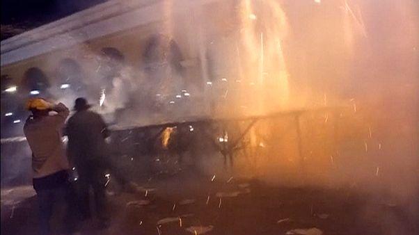 Ατύχημα σε «πόλεμο» πυροτεχνημάτων