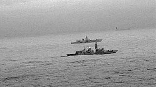 اسکورت یک کشتی جنگی روس توسط ناوچه بریتانیا در دریای شمال