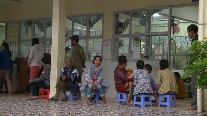 La tormenta Tembin llega debilitada a Vietnam