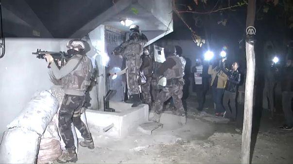 12 detidos em operação anti-terrorista na Turquia