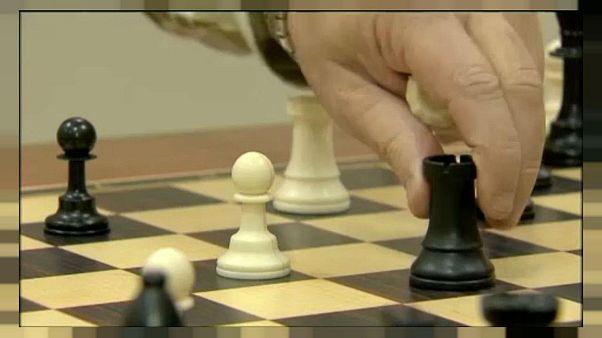 قطر تشارك ببطولة العالم للشطرنج في السعودية بعد رفض الاتحاد الدولي طلب الرياض