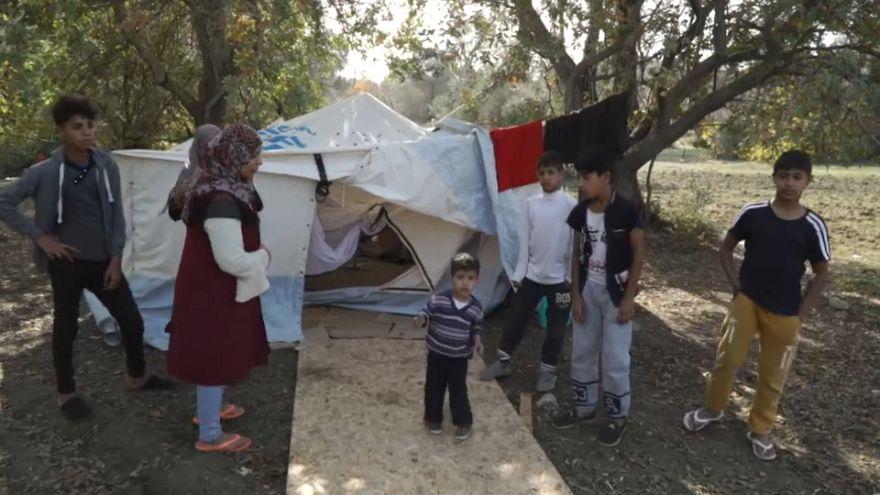 """Flüchtlingsfamilie auf Chios: """"Wir haben auf einem Feld gelebt"""""""