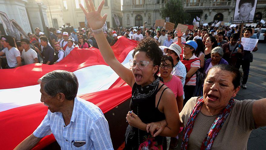 Перуанцы возмущены помилованием Фухимори