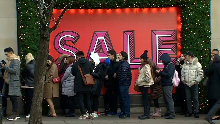 Boxing Day shopping spree in Britain