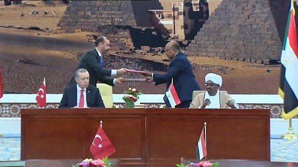 Cumhurbaşkanı Erdoğan'dan Sudan'a tarihi ziyaret