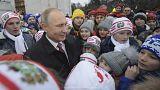 Χριστουγεννιάτικη «ανάκριση» του Πούτιν από... παιδιά